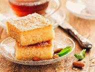 Рецепта Гръцко реване с грис, портокалова кора, лимонов сок и кокос